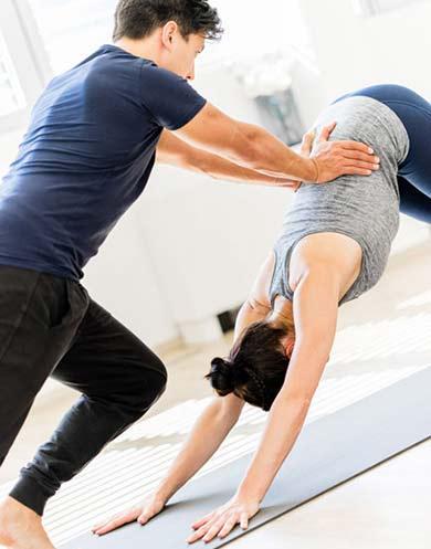 Yoga Therapie in Innsbruck mit Marco Längst