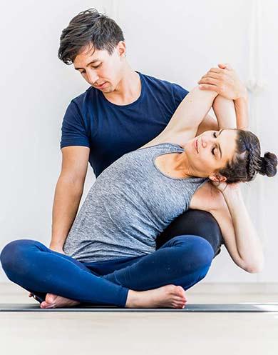 Yoga Therapie mit Marco Längst